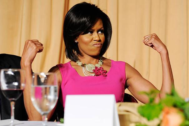 michelle-obama-flexing-muscles1